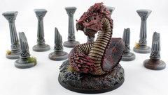 Dragon de Thèbes et Colonnes