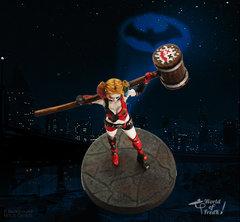 Harley Quinn Dessus.jpg