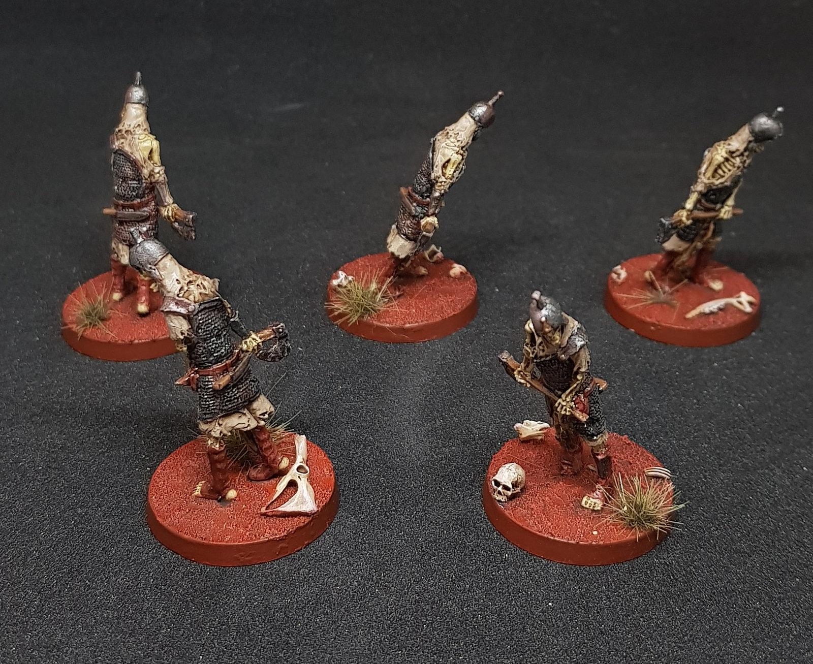 Squelettes avec Hache.jpg